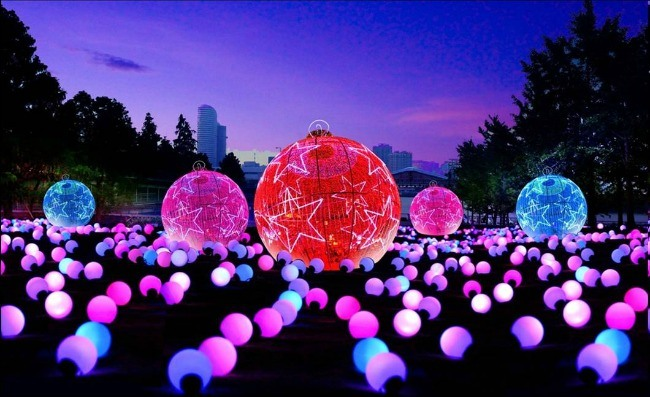 Color-ball-200-pieceIllumination-Summer-Night-Market